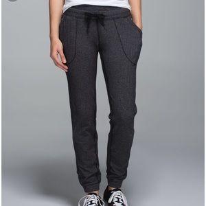 Lululemon base runner pants